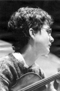 1985 Wechsel zur Hochschule für Musik Carl Maria von Weber Dresden (Klasse Professor Heinz Rudolf)