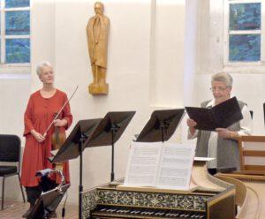 Im Juli 2011 leitete ich die Sommerakademie im Kloster Michaelstein. Ich hatte mir das Thema 'Musizierter Tanz' gewählt. Während des Abschlusskonzertes erhielt ich den Eitelfriedrich-Thom-Preis der Gesellschaft der Freunde Michaelstein e.V.