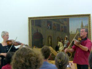 Juni 2012 - Viola d'amore Kongress in Innsbruck - Klaus tritt zum ersten mal öffentlich mit der Viola da spalla auf.